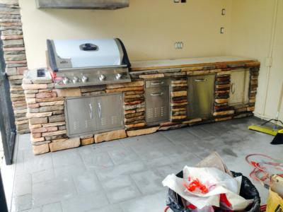 Outdoor-kitchen Stucco-and-stone-1